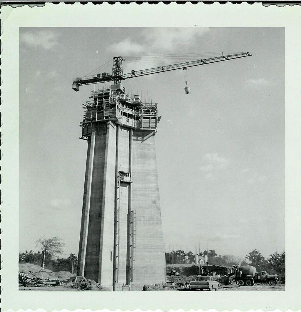 Skylon Tower 1965-2015 : https://youtu.be/t442EGqC8ck